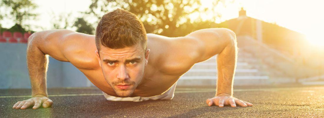Liegestütze richtig machen - Trainingsplan für Muskelaufbau